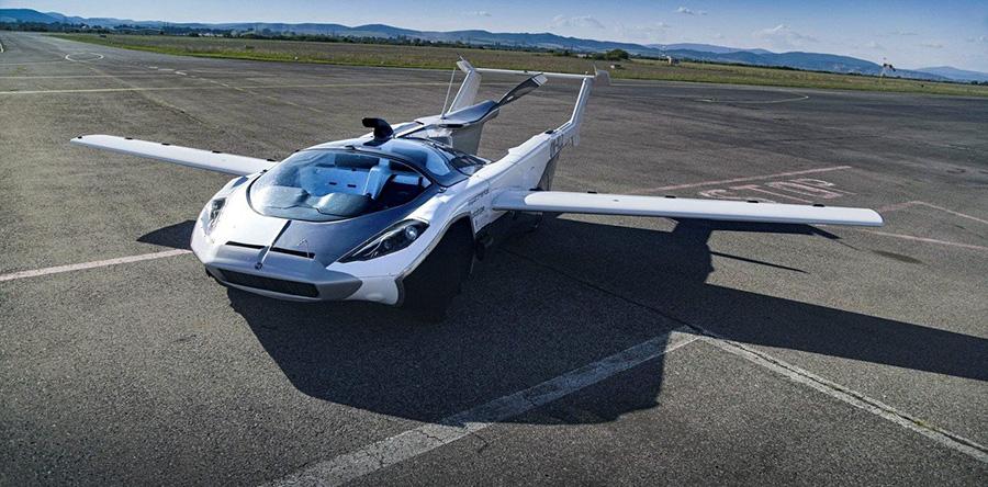 Cotxes voladors i futuristes: IA, Iot i Big data